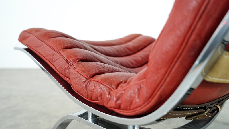 Arne Norell Ari Lounge Chair leather detail
