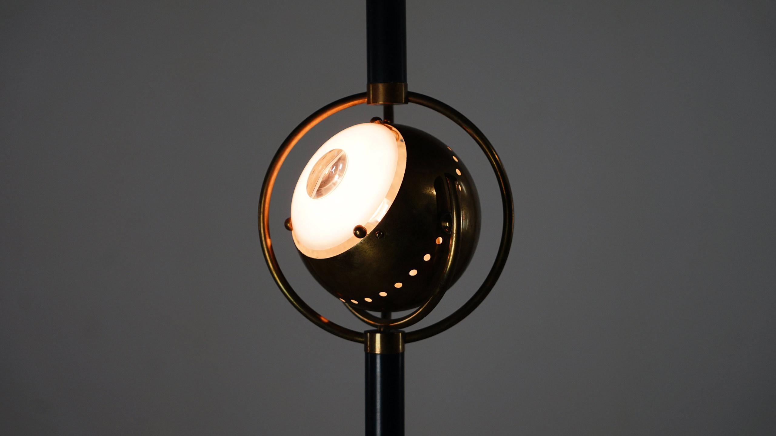 Angelo lelli eye lamp for arredoluce italy for Arredo luce