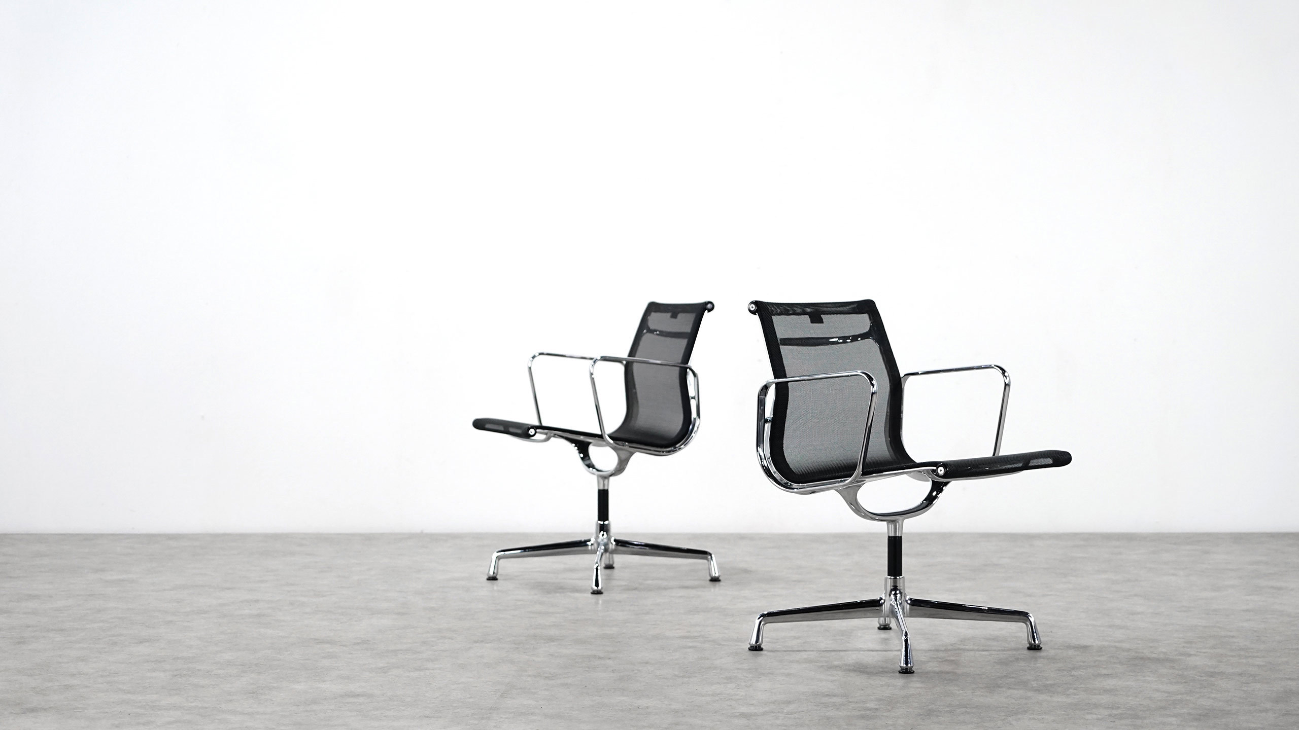vitra charles eames alu chair ea108 netzgewebe. Black Bedroom Furniture Sets. Home Design Ideas