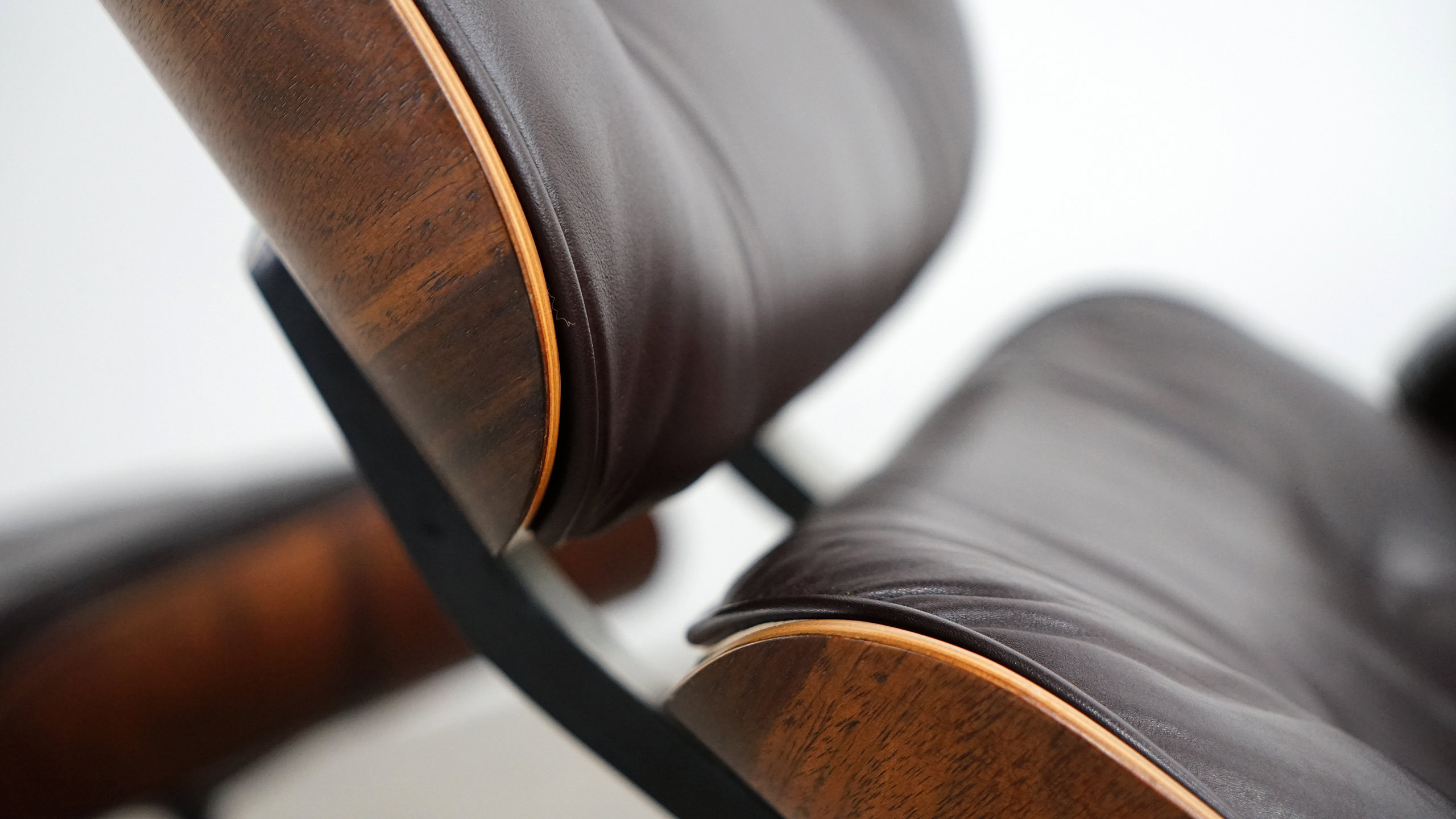 Charles Eames Lounge Chair Herman Miller Amp Vitra