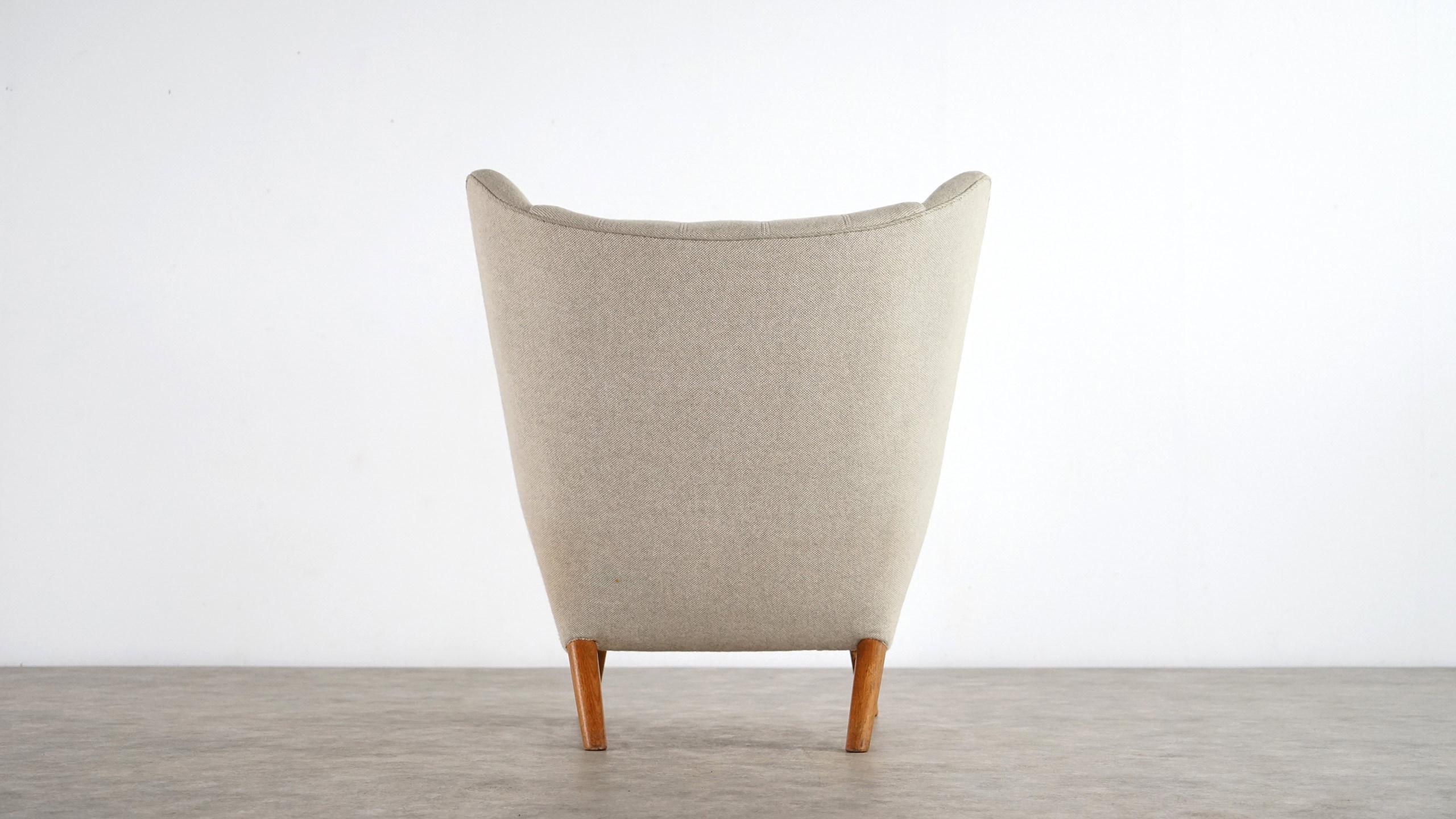 Hans J Wegner Papa Bear Lounge Chair AP Stolen Sessel