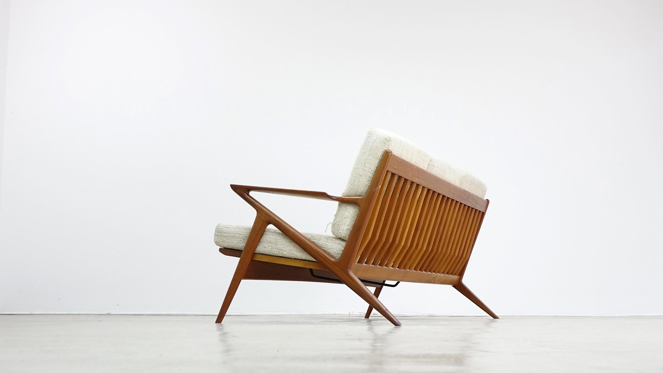 poul jensen z chair sofa by haslev selig denmark. Black Bedroom Furniture Sets. Home Design Ideas